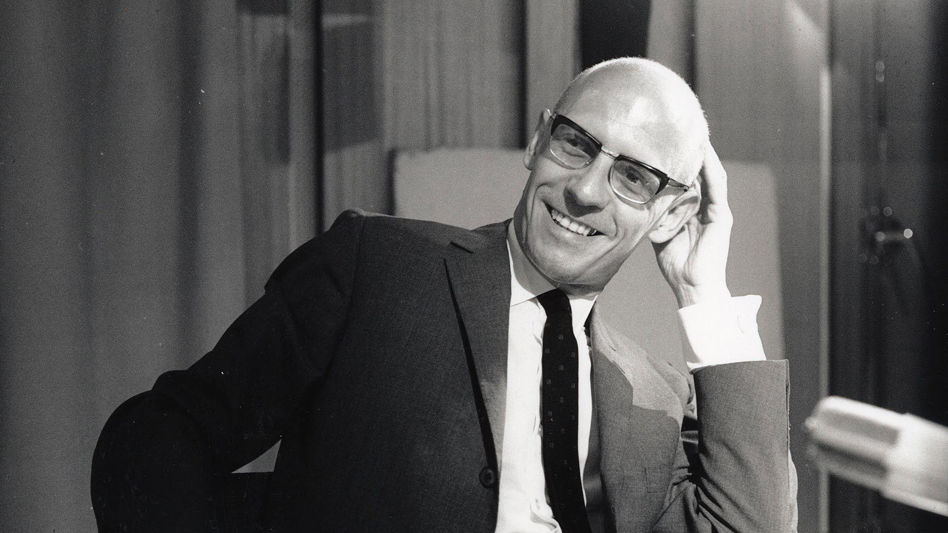 https://fbonline-blog-production.s3.sa-east-1.amazonaws.com/Michel_Foucault_bb9bb941eb.jpg